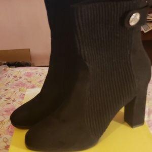Like new diba boots